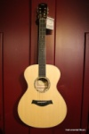 Taylor GC6E Grand Concert Maple Back and Sides with Sitka Top