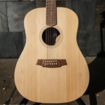 COLE CLARK FAT LADY 1 E Bunya Face, Queensland Maple back & sides w/case