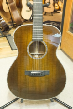 Martin Custom 00014F Highly Figured Koa